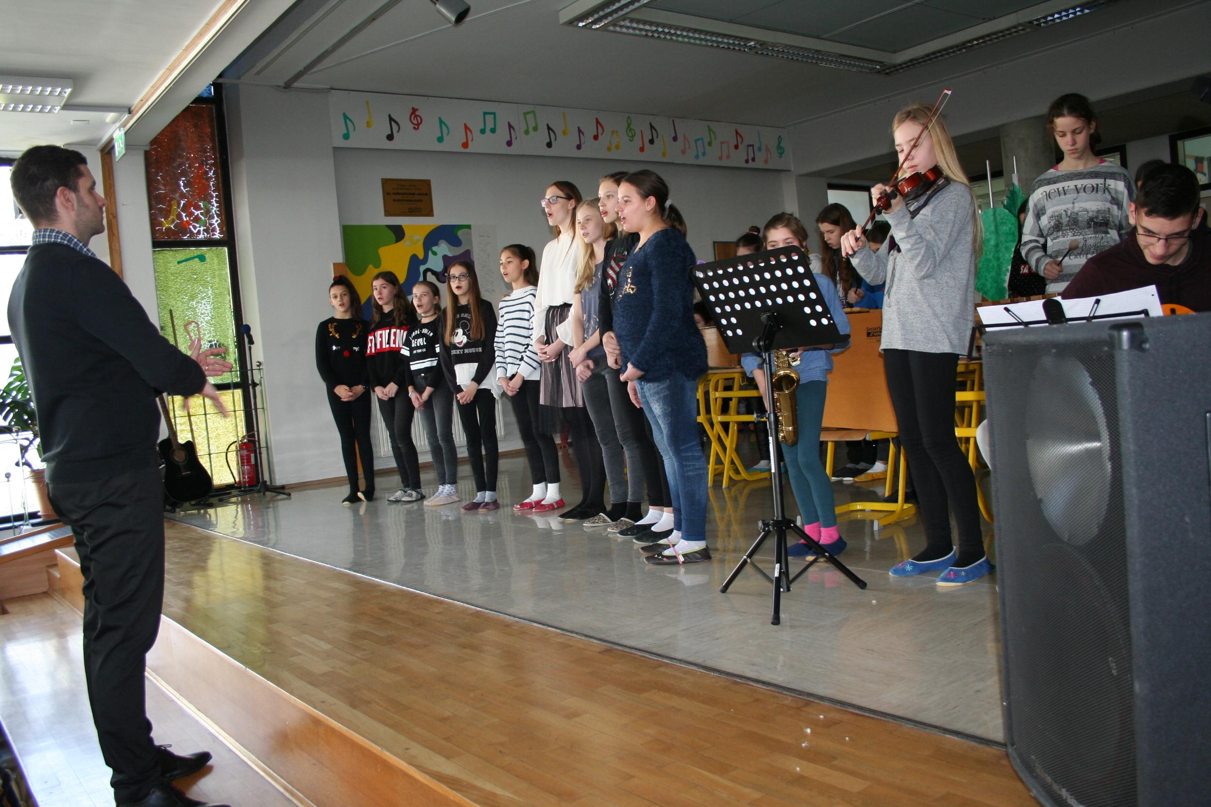 proslava-ob-kulturnem-prazniku-2019-123